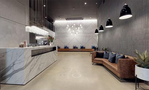 Lobby-Business Center
